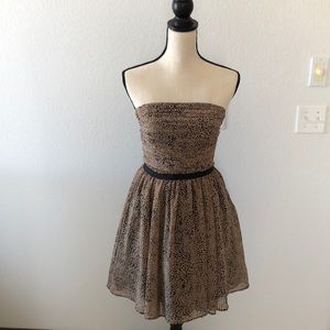 Never worn - Guess tan and black strapless dress